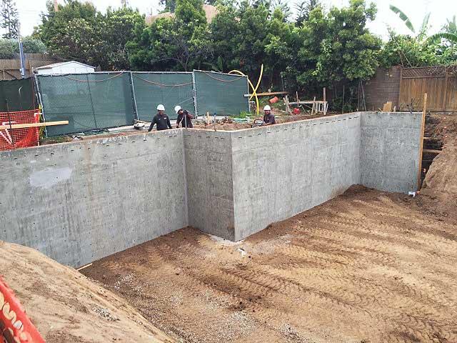 Premiere-Concrete-basement-walls-2351