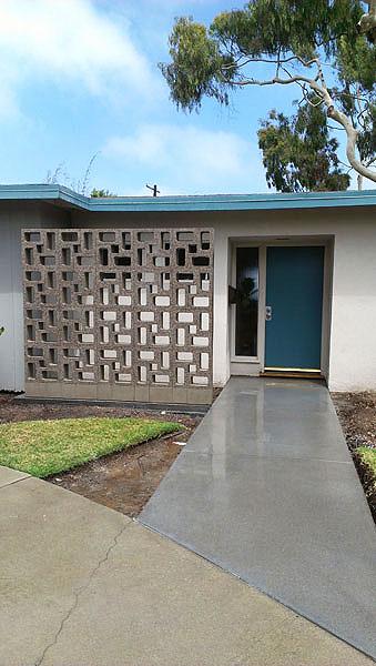 Los Angeles Concrete Walls-12