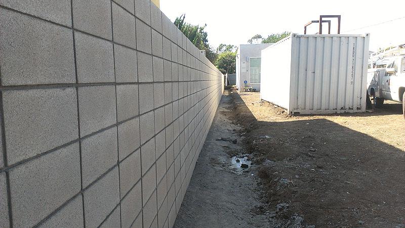Los Angeles Concrete Walls-1