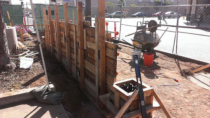 Los Angeles Concrete Walls-70