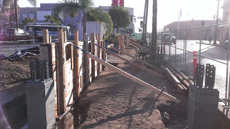 Los Angeles Concrete Walls-79