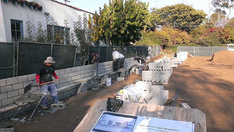 Los Angeles Concrete Walls-104