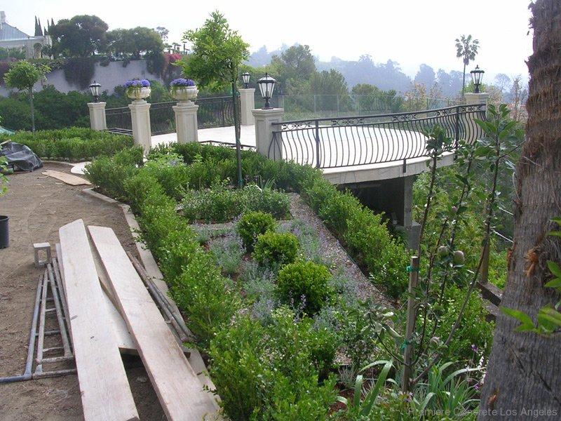 Concrete Foundations Decks Driveways-40