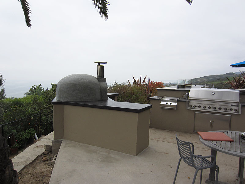 Malibu Patio and Outdoor Oven-M4