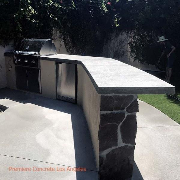 Outdoor-Kitchens05