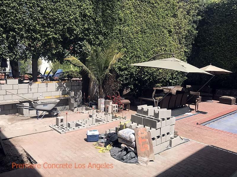Outdoor-Kitchens14