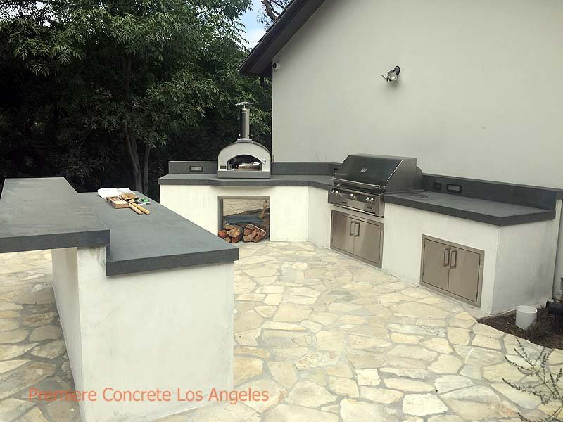 Outdoor-Kitchens15