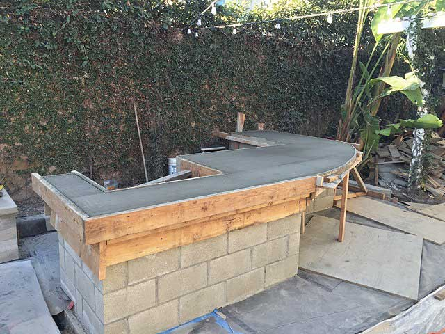Premiere-Concrete-Outdoor-Kitchens_3034
